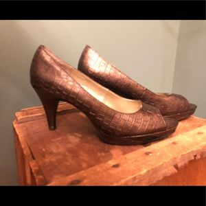 "Bandolino peep toe 3"" heels pumps size 9"